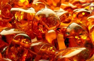 amber birthstone for Rat