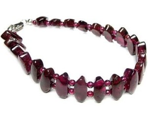 almandine necklace