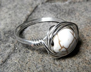 ring with howlite
